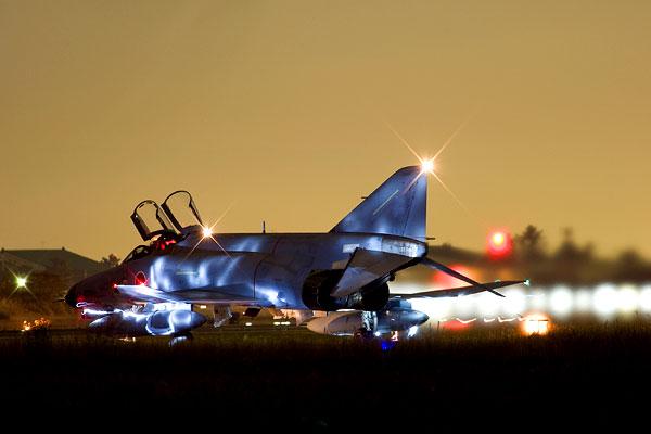 F-4 Jet (Archivfoto: tobimonoya | Photos.com)