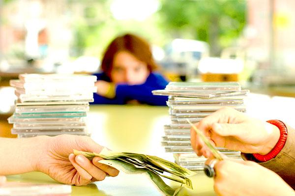 Mehr als 200.000 Unterschriften gegen neue GEMA-Gebühren (Foto: Hemera Technologies / Photos.com)