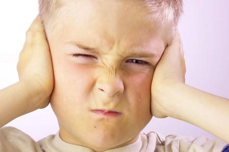 H&oouml;rschäden: Lärm als Gefahr für empfindliche Kinderohren