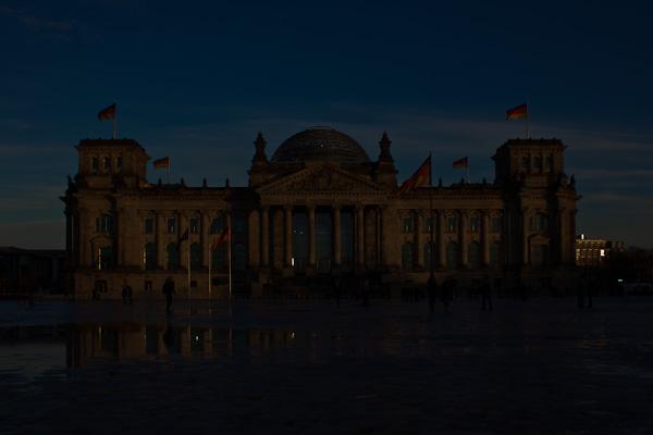 Der Reichstag unterbelichtet