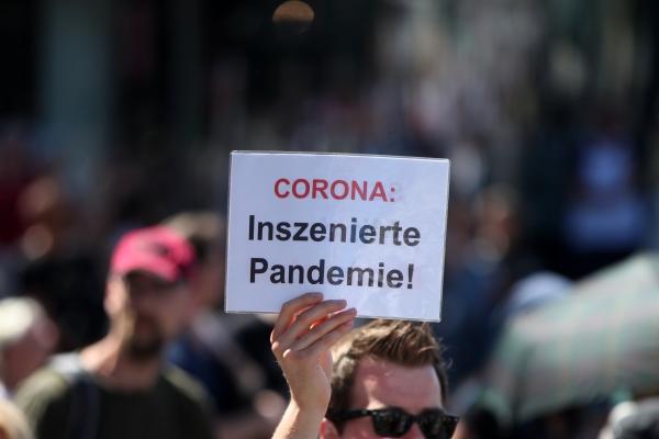 Demo von Corona-Skeptikern, über dts Nachrichtenagentur