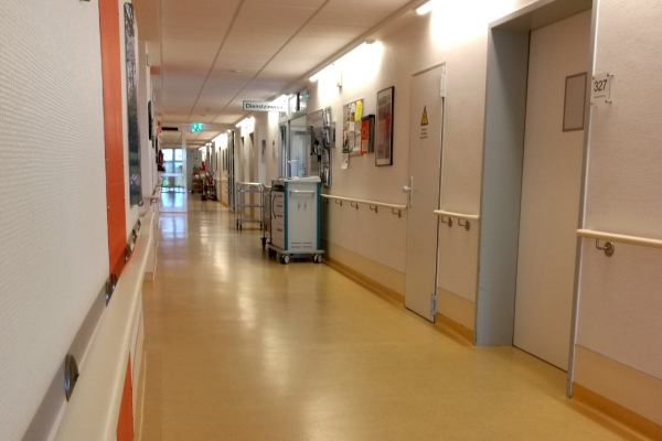 Krankenhausflur, über dts Nachrichtenagentur