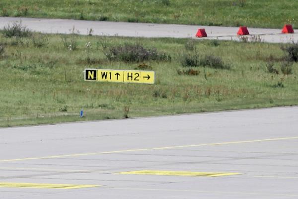 Start- und Landebahn an einem deutschen Flughafen, über dts Nachrichtenagentur