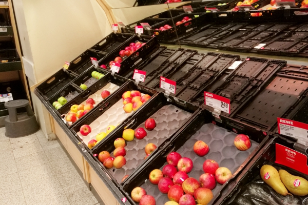 Fast ausverkauftes Obst im ersten Lockdown, über dts Nachrichtenagentur