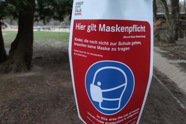 Hinweis auf Maskenpflicht in Bonn, über dts Nachrichtenagentur