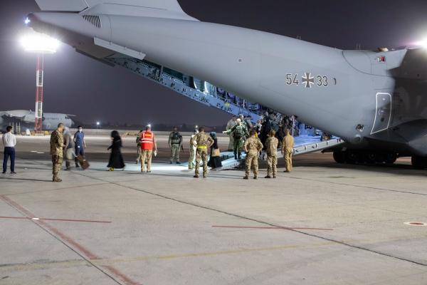 Transportflugzeug Airbus A400M der Bundeswehr, GAF, Text: über dts Nachrichtenagentur